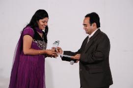 Sneha Zutshi got Newcomer Award