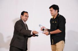 Sunny Patel got Performance of the Year Award