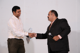 Tejas Dixit got Leadership of the Year Award