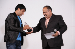 Arjun Jadeja got Employee of the Decade Award